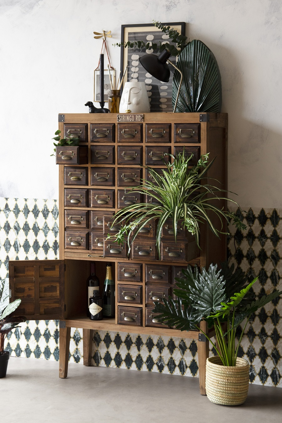 Stylish Ways to Add Industrial Inspired Furniture to the Home