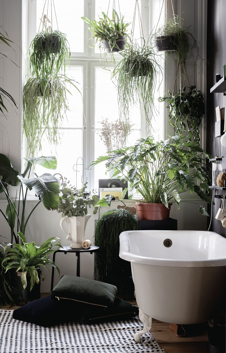 How To Turn Your Bathroom Into Your Own Personal Spa