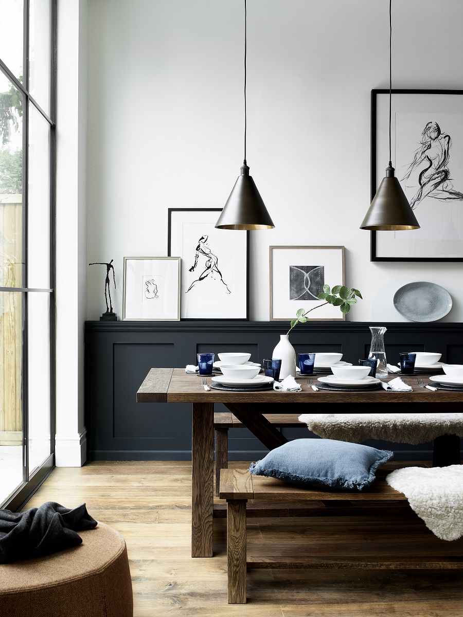 How to Work a Black and White Interior