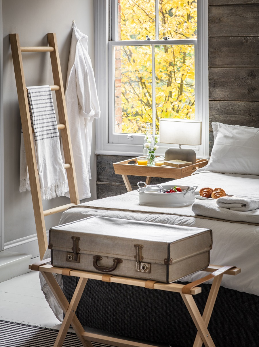 How to Create the Ultimate Guest Bedroom