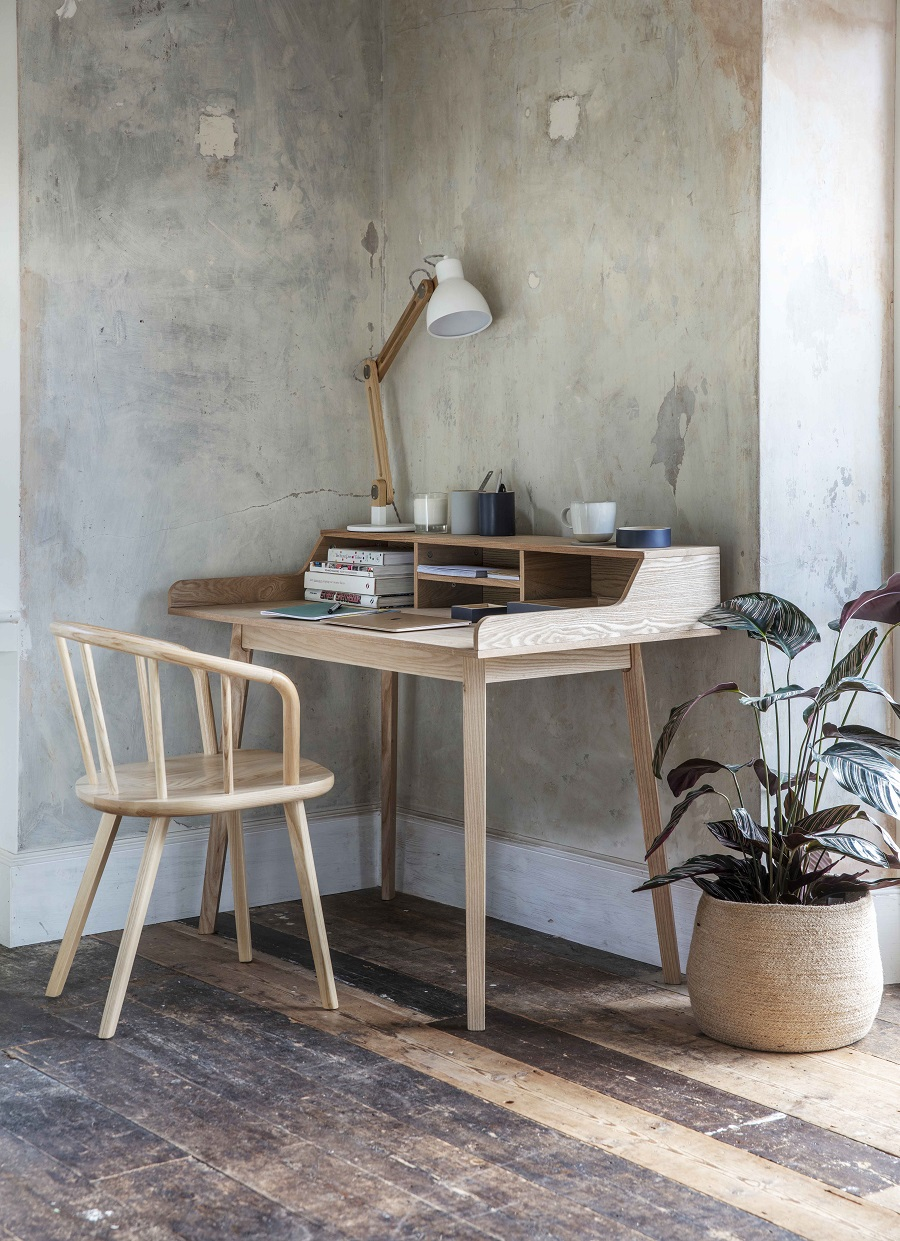 Home Office Desks That Work Harder Than Most