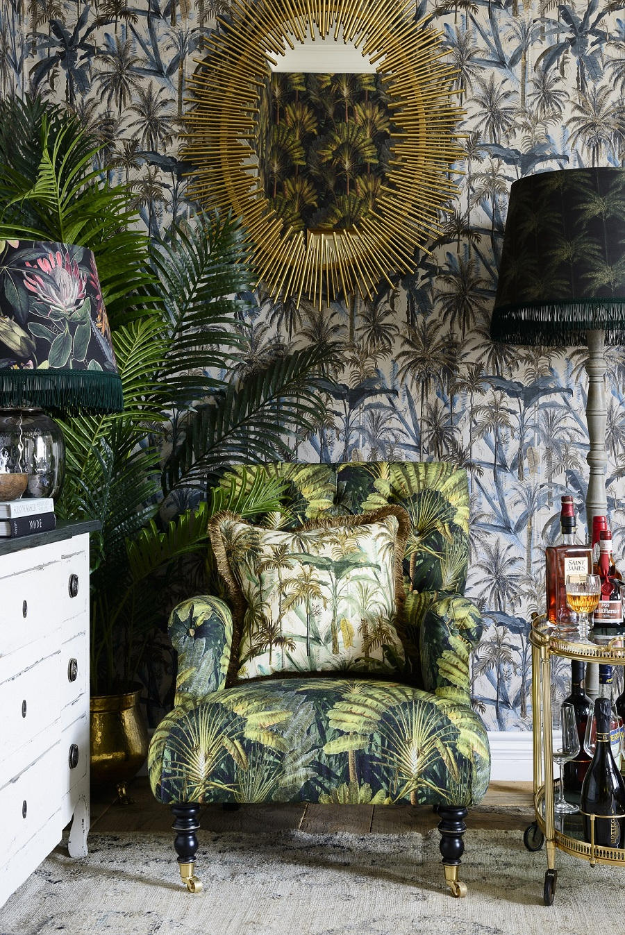 Pure Escapism with a Tropical Cottage Interior
