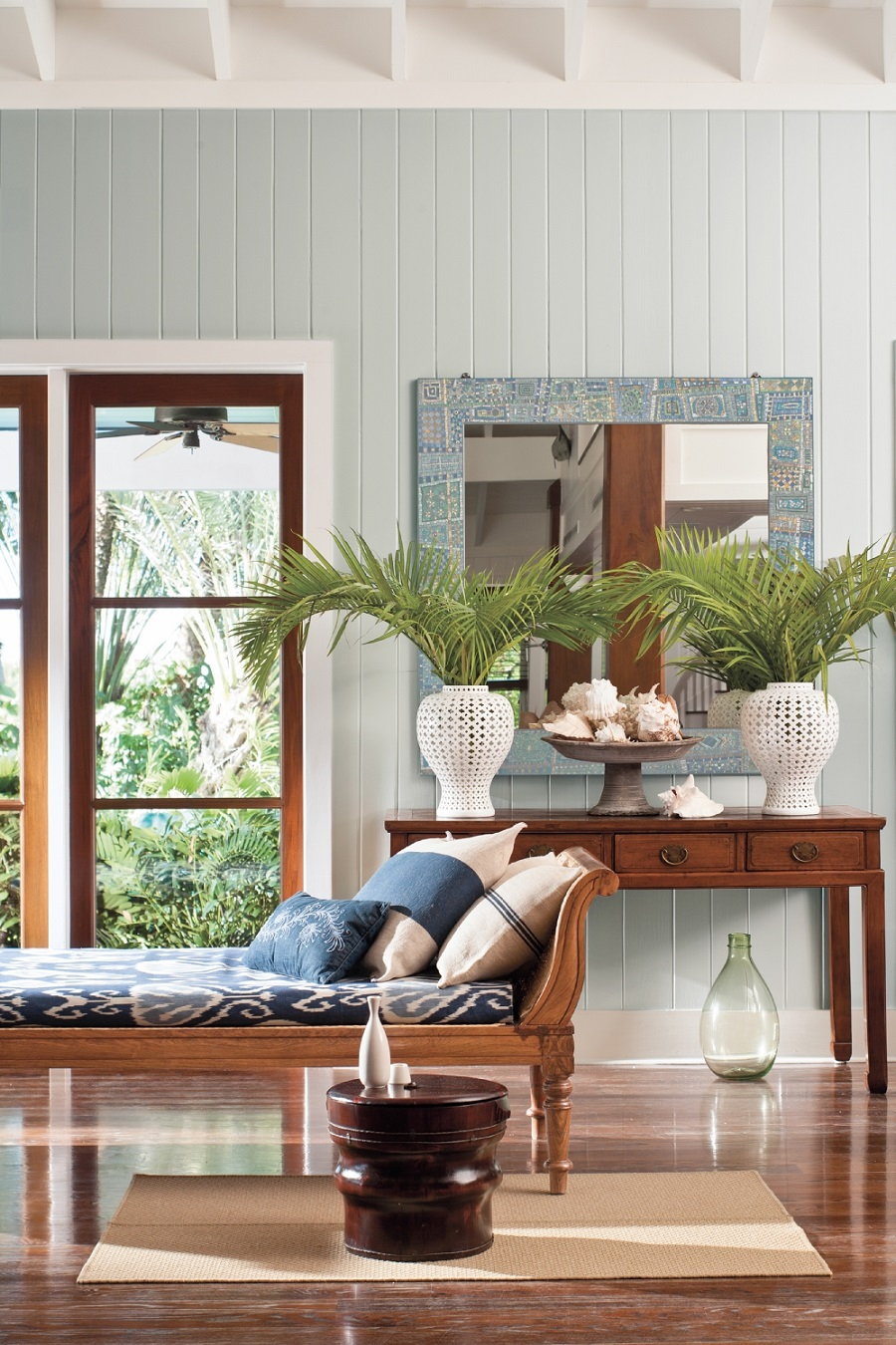 A Colonial Style Sitting Room and How to Get The Look