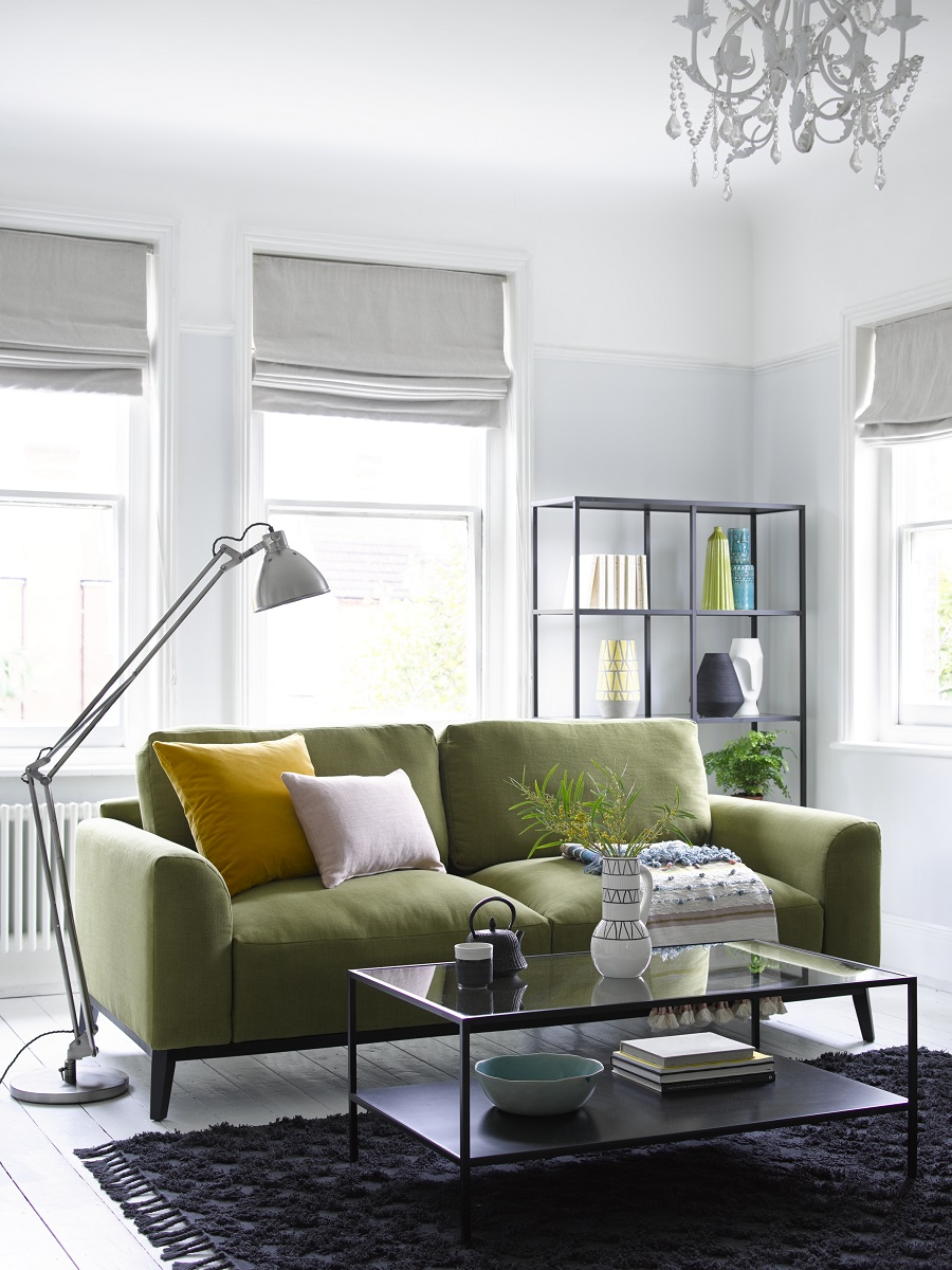 How to Make a Small Sitting Room Appear Bigger
