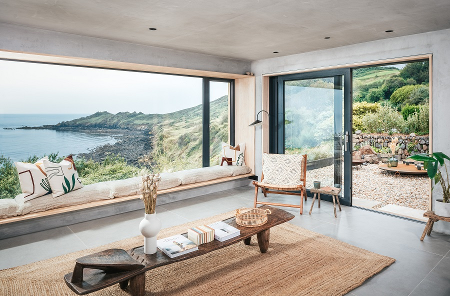 A Cornish Holiday Home That is a Nod to the Modern Scandinavian Summerhouse