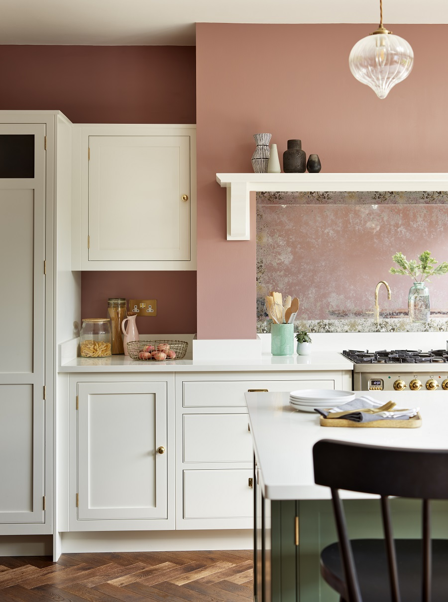 Blending The Old With The New in an Open-Plan Kitchen