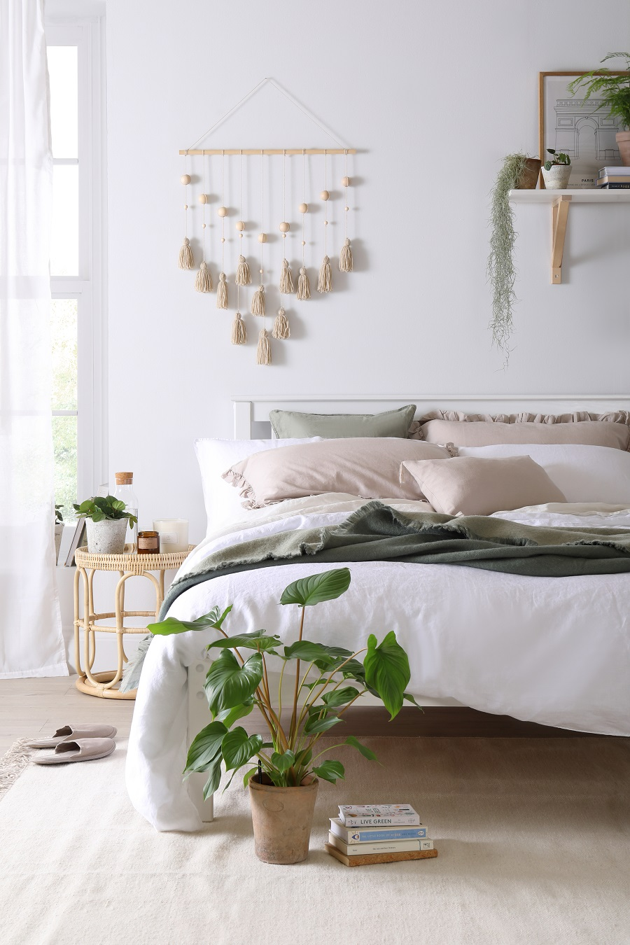 A Chic Scandinavian Style Bedroom and How to Get The Look