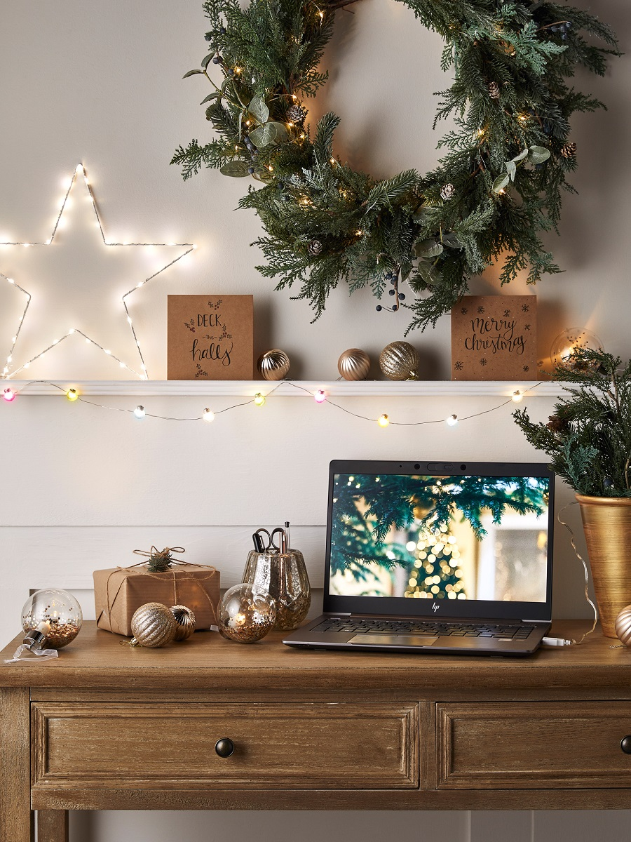 Trends: A Green and Natural Christmas with Just a Hint of Twinkle