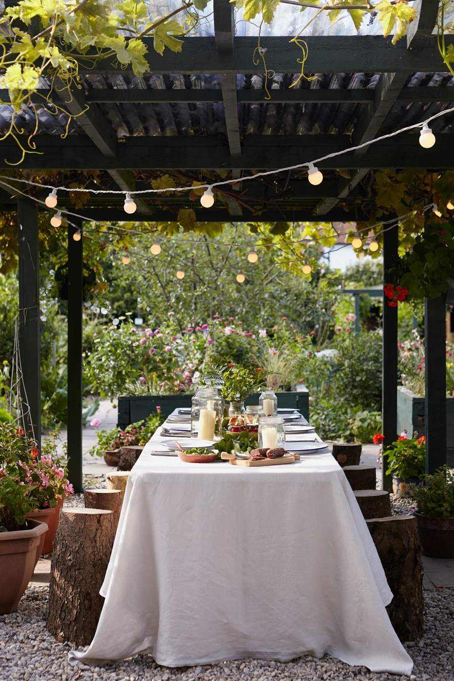 A Garden Room for All Seasons