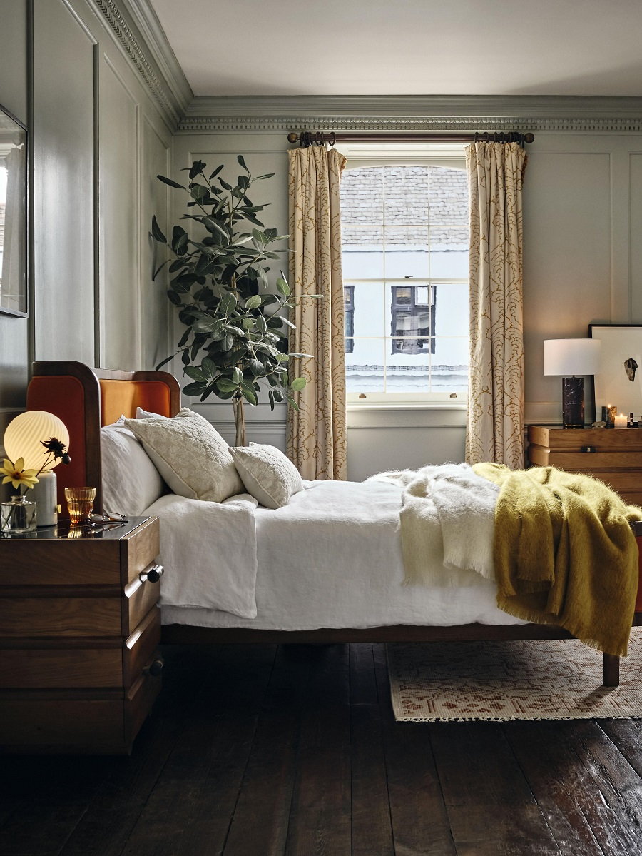 A Comfortable Townhouse Bedroom and How to Get The Look